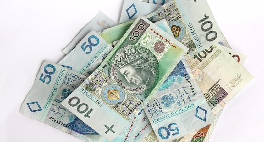 Finanse, Senior kontem banku - zdjęcie, fotografia