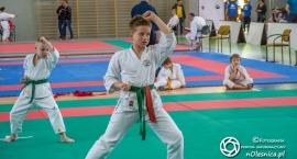 Turniej karate w hali sportowej - wyniki