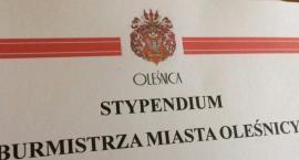 Uczniowie oleśnickich szkół otrzymali stypendia