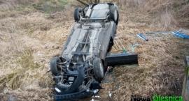 Zbytowa - Audi przebiło barierę na moście -AKTUALIZACJA
