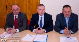 Komentarze opozycyjnych radnych do odpowiedzi starosty