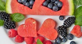 Uwaga na skażone pestycydami owoce i warzywa w diecie dzieci i dorosłych - poznaj listę