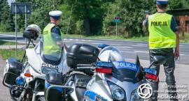 Policjanci z sycowskiej jednostki, po pościgu zatrzymali kierowcę, który chciał kontroli