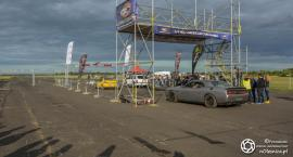 ACM Oleśnica - sobota popołudniu obfitowała w palenie gumy oraz wyścigi na ćwierć mili - VIDEO
