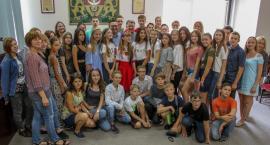 Spotkanie wójta z ukraińską młodzieżą w Urzędzie Gminy