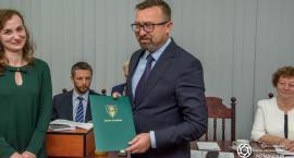 Nowa rada w gminie oraz stary - nowy wójt