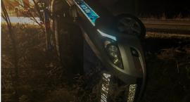 Kumulacja zdarzeń drogowych - tym razem radiowóz w rowie