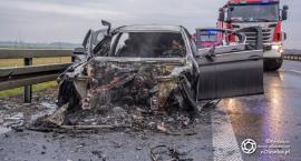 Pożar samochodu na trasie S8