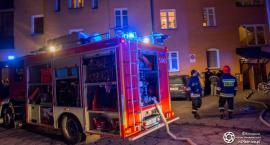 Pożar w mieszkaniu na Krzywoustego