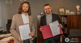Wójt podpisał umowę na termomodernizację budynku urzędu