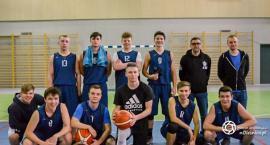 Sukcesy koszykarek i koszykarzy II LO w Oleśnicy