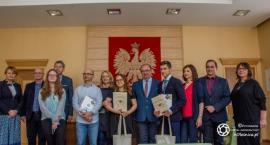 Laureaci konkursów z wizytą u burmistrza