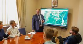 Spotkanie burmistrza z przedstawicielami Młodzieżowej Rady Miasta Oleśnicy