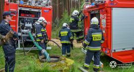 Strażacy ćwiczyli w lasach koło Goszcza