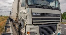 Na trasie S8 zderzyły się ciężarówki
