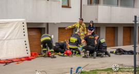Samobójczy skok z balkonu - interweniował śmigłowiec LPR - VIDEO