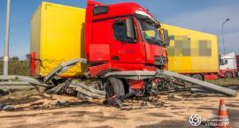Wypadek ciężarówki na trasie S8