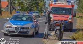 Motocyklista zderzył się z Citroenem na starej ósemce