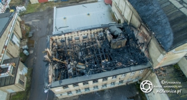 Spalona hala ZNTK okiem drona -VIDEO - FOTO