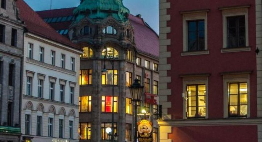 Turystyka, zakupy wrocławskie towarowe historia - zdjęcie, fotografia