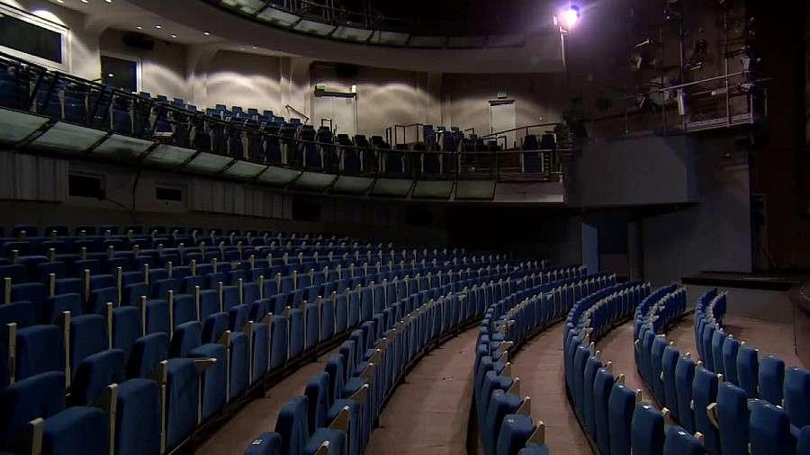 Społeczeństwo, Milion trzysta tysięcy złotych długu wrocławskim teatrze - zdjęcie, fotografia