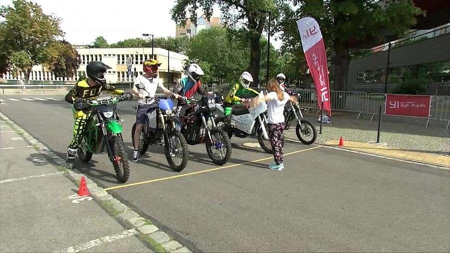 Event, Wrocławiu odbyły pierwsze Polsce zawody elektrycznych motocykli - zdjęcie, fotografia