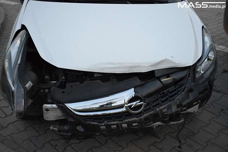 Wypadki drogowe, Wypadek ulicy Buforowej Ranne osoby dziecko - zdjęcie, fotografia
