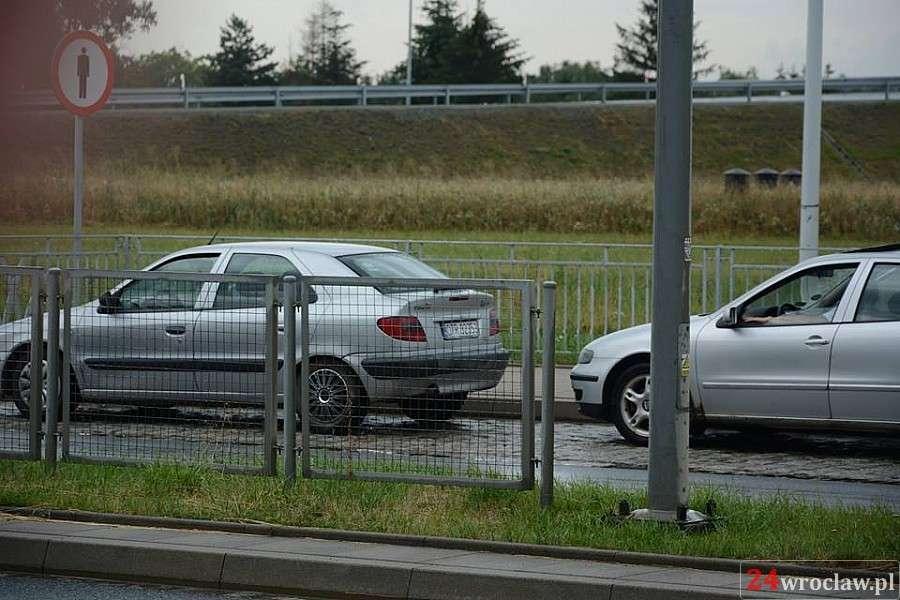 Wypadki drogowe, Kolizja Żmigrodzkiej - zdjęcie, fotografia