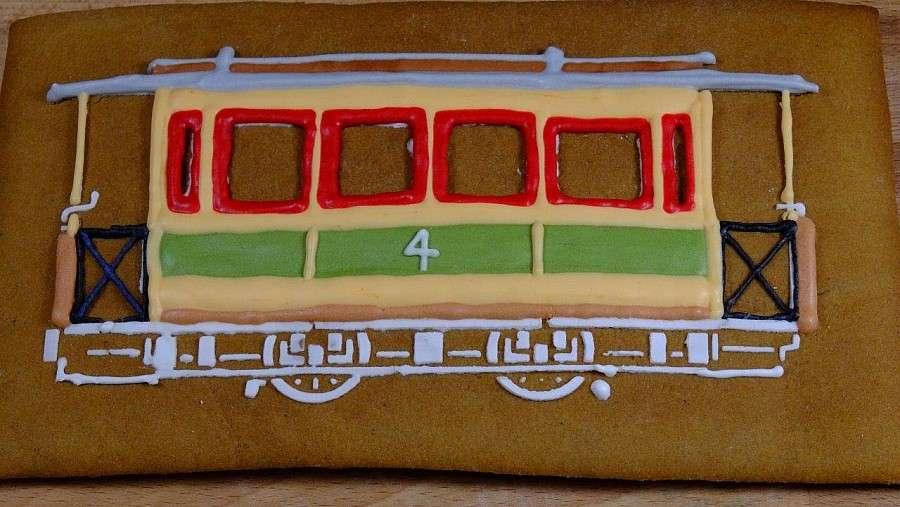 Komunikacja, Piernikowy tramwaj - zdjęcie, fotografia