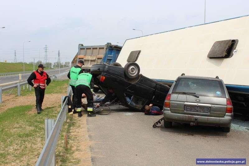 24wroclaw, Ćwiczenia służb ratowniczych drodze ekspresowej - zdjęcie, fotografia