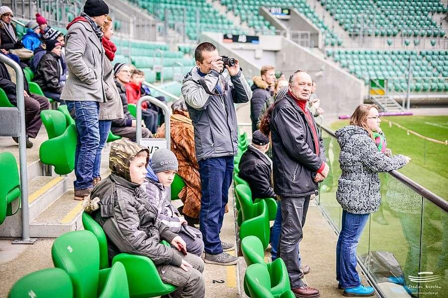 Piłka nożna, Zwiedzaj kibicuj Specjalna propozycja ferie Stadionu Wrocław - zdjęcie, fotografia