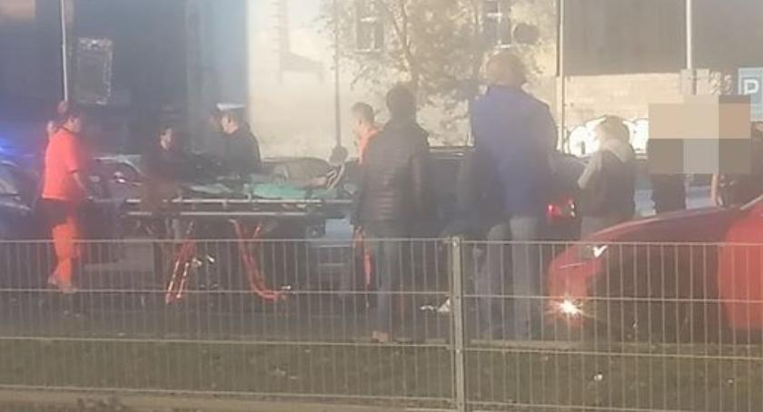 Wypadki drogowe, Potrącenie pieszej Legnickiej - zdjęcie, fotografia