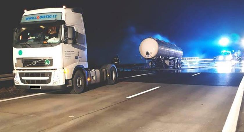 Autostrada A4, Płonąca cysterna autostradzie - zdjęcie, fotografia