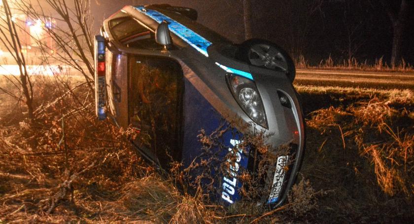 Wypadki drogowe, Trudny weekend drogach także służb - zdjęcie, fotografia
