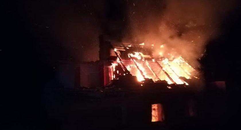 Pożary, Pożar budynku Sobótce - zdjęcie, fotografia