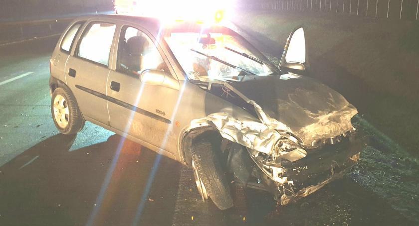 Autostrada A4, Wpadł poślizg uderzył bariery - zdjęcie, fotografia