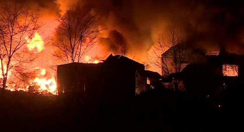 Społeczeństwo, Kontrole pożarze składowiska Szczecińskiej - zdjęcie, fotografia