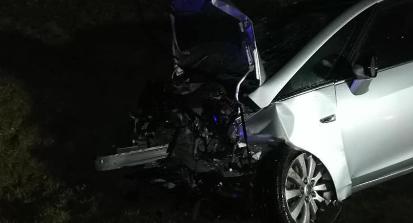 Wypadki drogowe, Zderzenie czterech Strzegomiem Lądował śmigłowiec - zdjęcie, fotografia