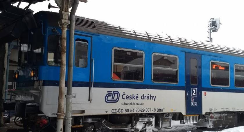 Komunikacja, Liberec Pociąg wjechał peron - zdjęcie, fotografia