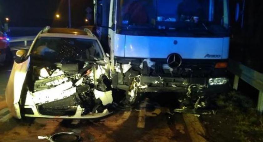Autostrada A4, Zjazd Kostomłotach ciągu jednego kolizje poszkodowani - zdjęcie, fotografia