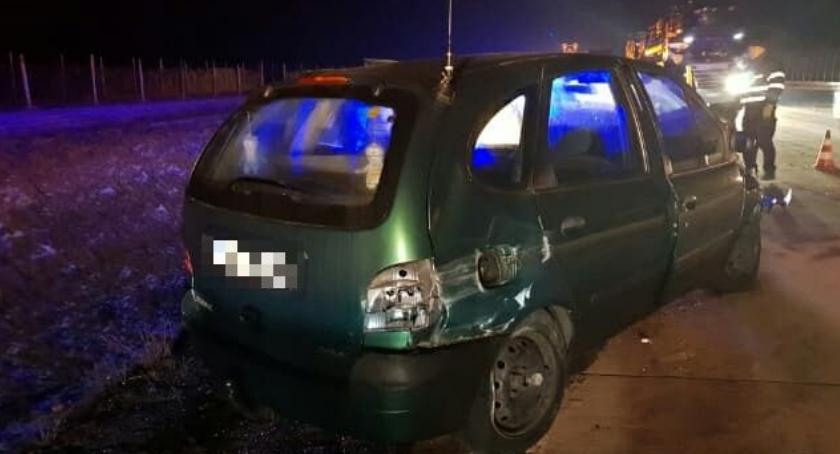 Autostrada A4, Pijany kierowca dachował Włącz Zello nadajemy kanale - zdjęcie, fotografia