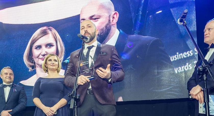 Biznes, Wrocław może pochwalić najlepszym centrum usług biznesowych Polsce - zdjęcie, fotografia