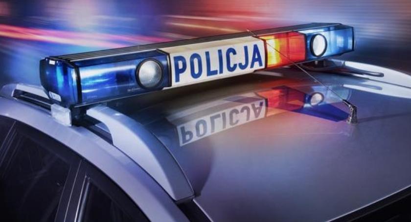 Kronika kryminalna, Jechali jaguarem palili marihuanę - zdjęcie, fotografia