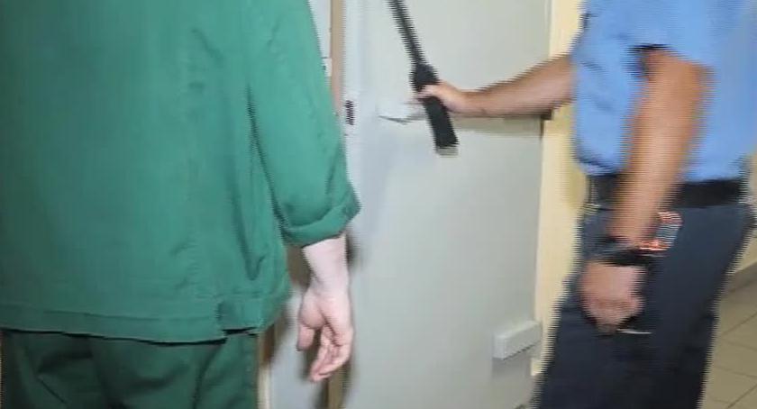 Społeczeństwo, Poszukiwany listem gończym zatrzymany udawał brata - zdjęcie, fotografia