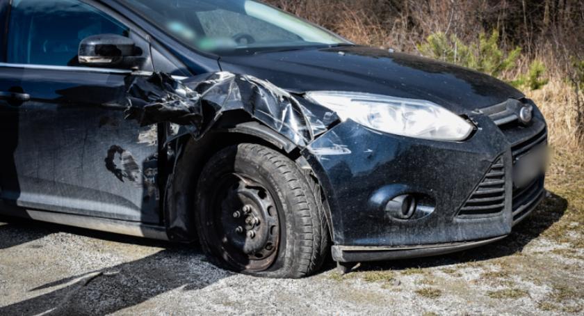 Wypadki drogowe, Kolizja krajowej ósemce - zdjęcie, fotografia