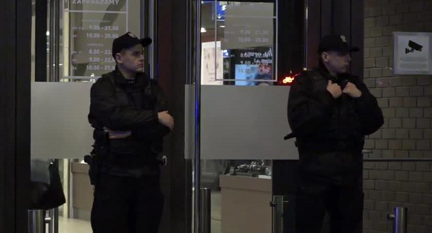 Kronika kryminalna, Nożownik Wrocławia usłyszał zarzut zabójstwa przyznał - zdjęcie, fotografia