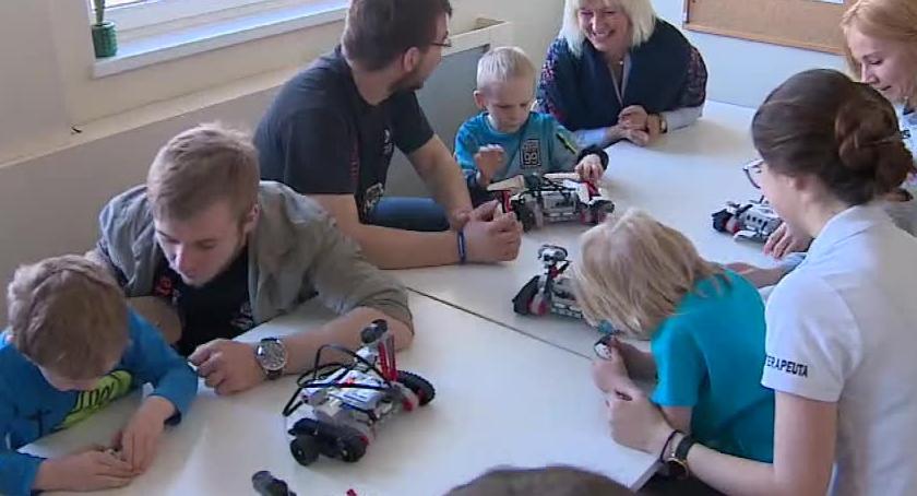 Technologie, Zajęcia robotyki rehabilitacja dzieci - zdjęcie, fotografia