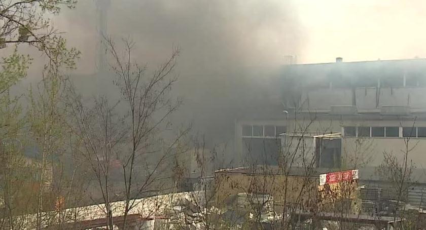 Pożary, Pożar magazynu Wrocławiu ucierpiał - zdjęcie, fotografia