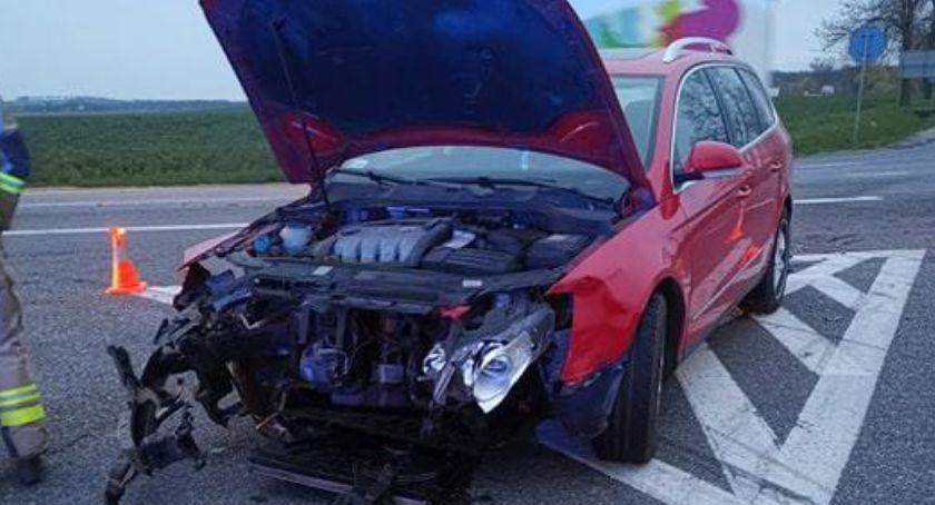 Wypadki drogowe, Wypadek krajowej piątce utrudnienia trasie Strzegom Kostomłoty - zdjęcie, fotografia