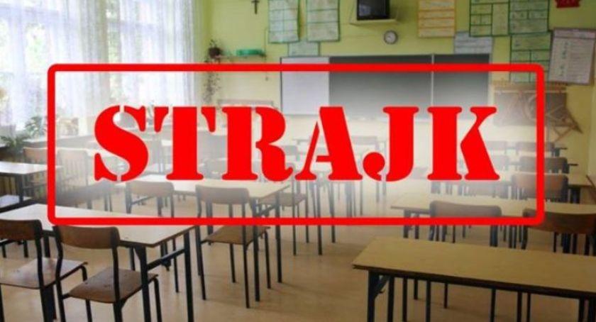 Edukacja, Strajk nauczycieli sytuacja wrocławskich szkołach - zdjęcie, fotografia